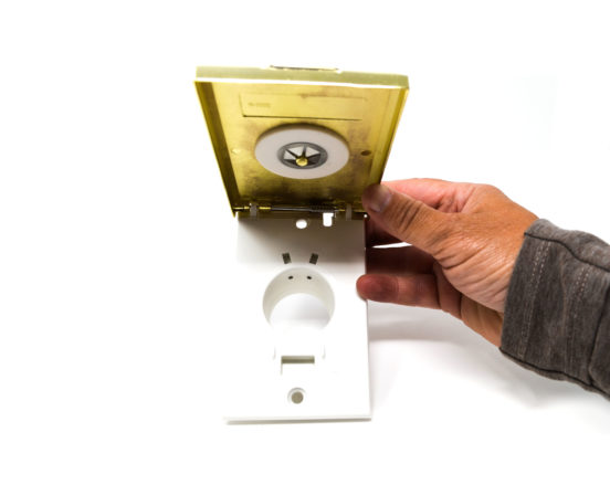 Brass full door dual voltage inlet valve